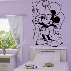 Mickey Mouse fait la fête