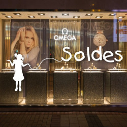 "Sticker vitrine ""SOLDES"" fillette"