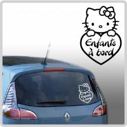 Sticker Bébé à Bord - Hello Kitty Coeur