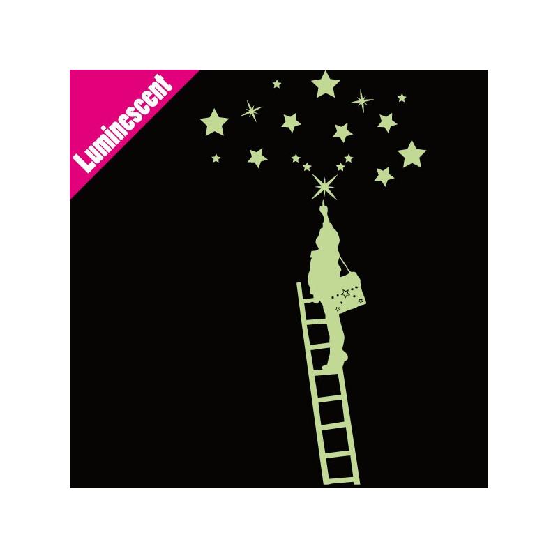Sticker Luminescent Enfant qui attrape les étoiles sur échelle