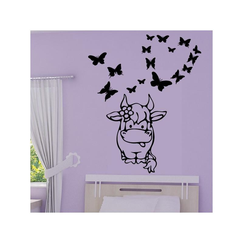 Sticker Bébé Vache Rigolote Papillons coeur