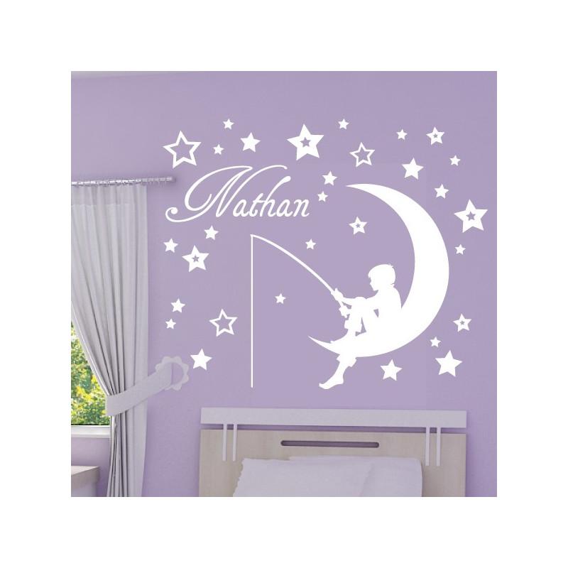 sticker enfant sur la lune qui p che etoiles et pr nom. Black Bedroom Furniture Sets. Home Design Ideas