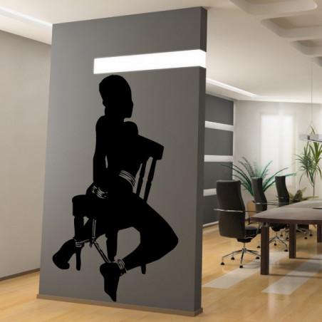Femme Nue sur Chaise SM