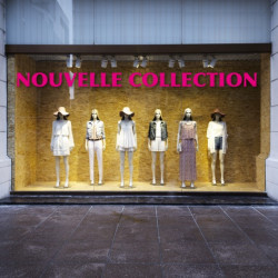 vitrine Texte Nouvelle Collection