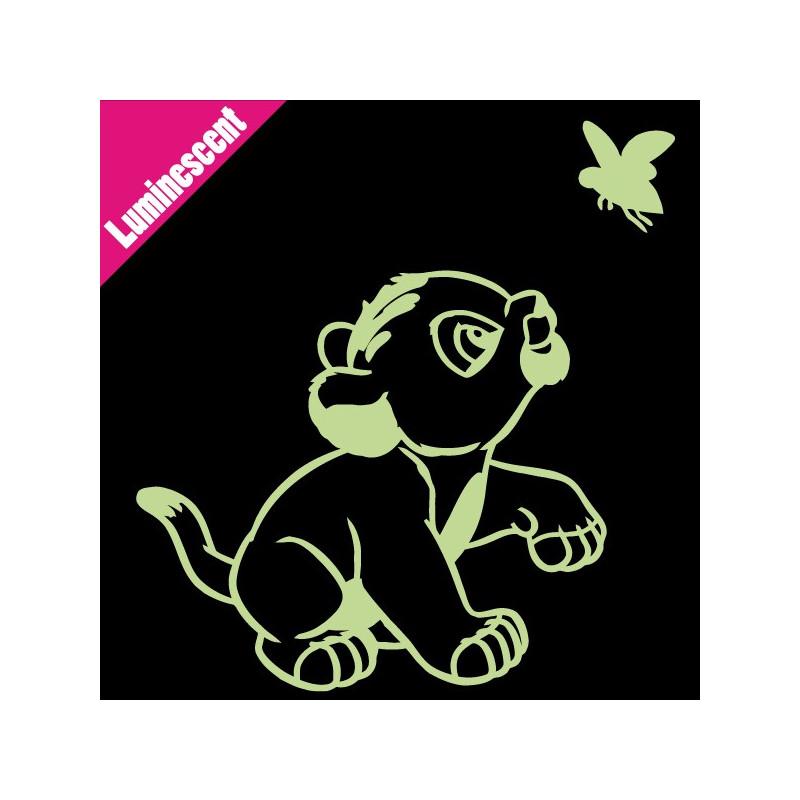 Sticker Luminescent Simba joue avec papillon - Roi Lion