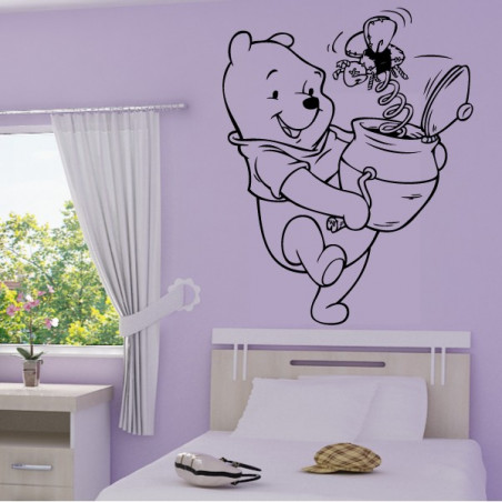 Sticker Winnie et Boite Surprise