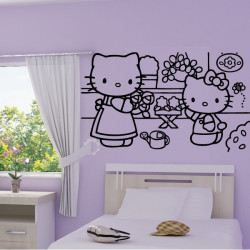Hello Kitty au Jardin